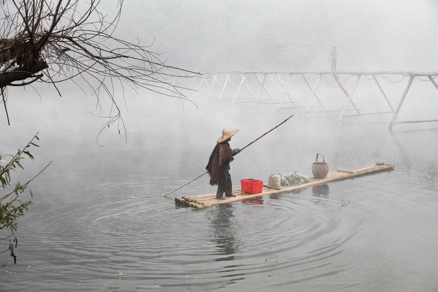 婺源漳村板凳桥摄影作品,思口漳村晨雾弥漫